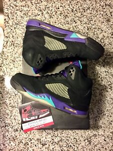 Jordan 5 Black Grape's Size 9