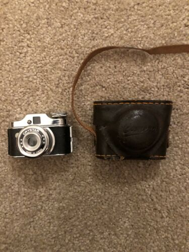 Antique Crystar Miniature Japanese Camera W/ Leather Case Original  - $25.00