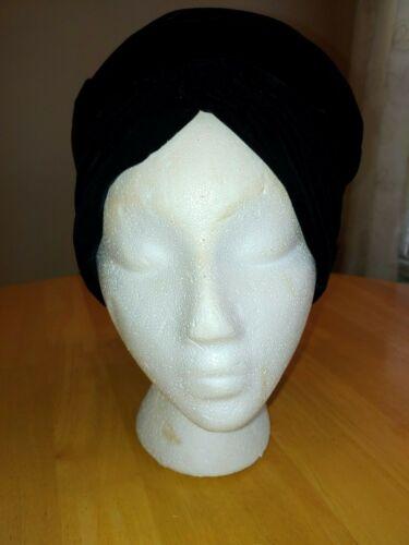 VINTAGE Reggi of Wilshire Black Velvet Turban Style Hat ~ NICE!