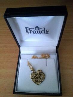 NEW IN BOX - 9 Carat Gold I LOVE YOU Break Pendant Necklace
