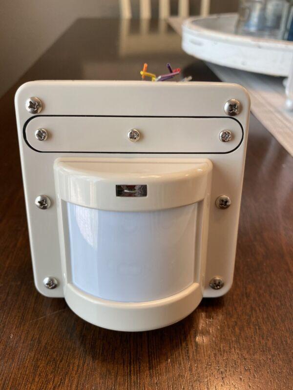 WattStopper CB-100-1 Passive Infrared Occupancy Sensor 24VDC - Case of 10 Beige