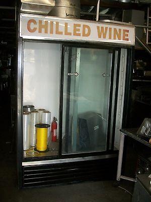 Coolermerchandiser True 2 Sliding Doors Shelves115v Wide900 Items On E Ba
