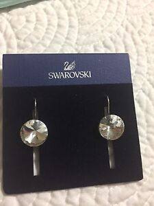 Bella Swarovski crystal earrings