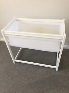 White baby basinet, mattress protectors & sheets Doubleview Stirling Area Preview
