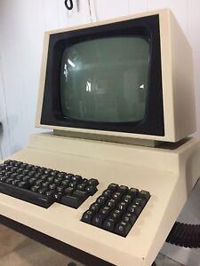 RARE Commodore PET Model 4032-12 Vintage Computer