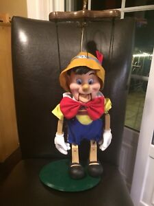 Pinocchio - Christmas singing and dancing decoration