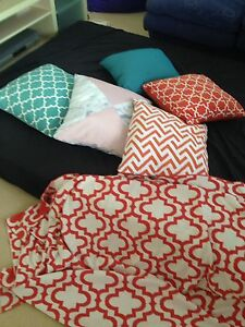 Cushions and throw rug Charlestown Lake Macquarie Area Preview