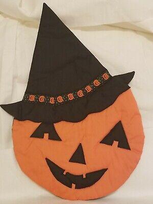 Vintage Handmade Halloween Quilted Wall Hanging Fabric Decor Jack O Lantern