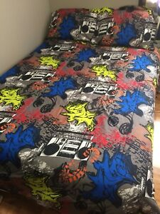 Retro music bedding