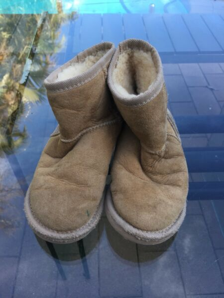 Kids genuine UGG boots size 12 Vaucluse Eastern Suburbs image 2. 1 of 3