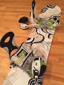 Snowboard complete with bindings