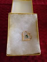 9ct gold diamond and emerald pendant Banksia Grove Wanneroo Area Preview
