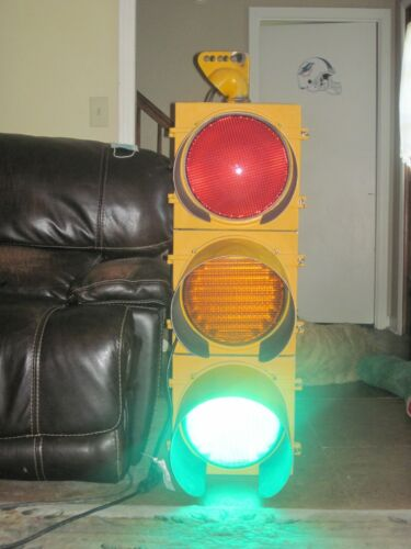 Vintage Traffic Signal Stop Light Lense LED Eagle Signal Stop Go TENNESSEE 37138