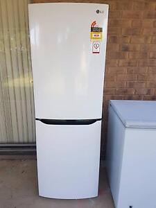 LG GC306NW 306L Bottom Mount Fridge - Perfect - only used 2 years Windsor Gardens Port Adelaide Area Preview