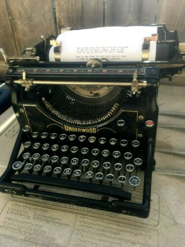 1923 Underwood Typewriter Model  5