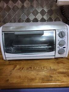 Black & decker toast-r-oven