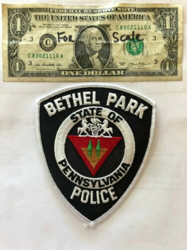 Bethel Park Pennsylvania Police Patch un-sewn in mint shape