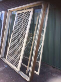 Prime rose aluminium sliding door