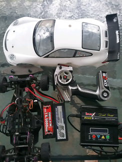 Hpi sprint 2 flux rtr 1/10th 4wd on road car spectrum controller