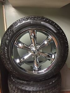 "Chrome 20"" wheels"