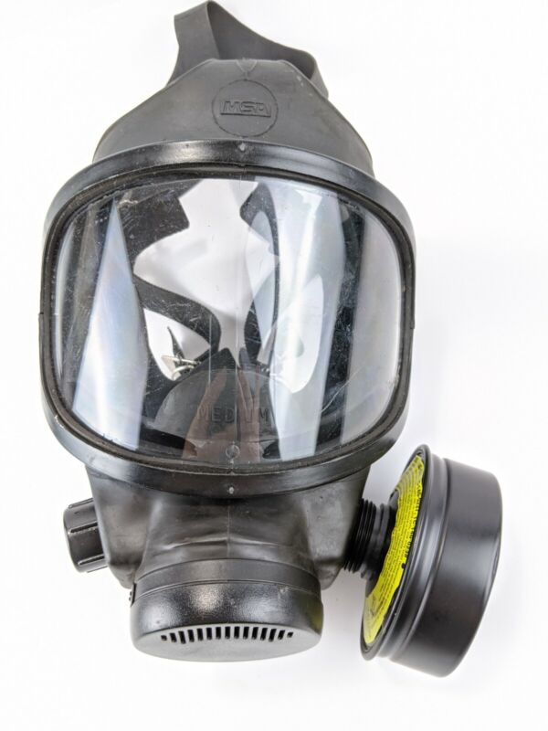 MSA Phalanx Police/Military Gas Mask with carrier and filter size medium SHTF