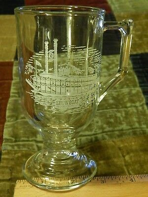 Branson, Missouri ~ SHOWBOAT Branson Belle ~ Silver Dollar City [Pedestal Glass]