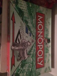 Monopoly game board, money is a little bent
