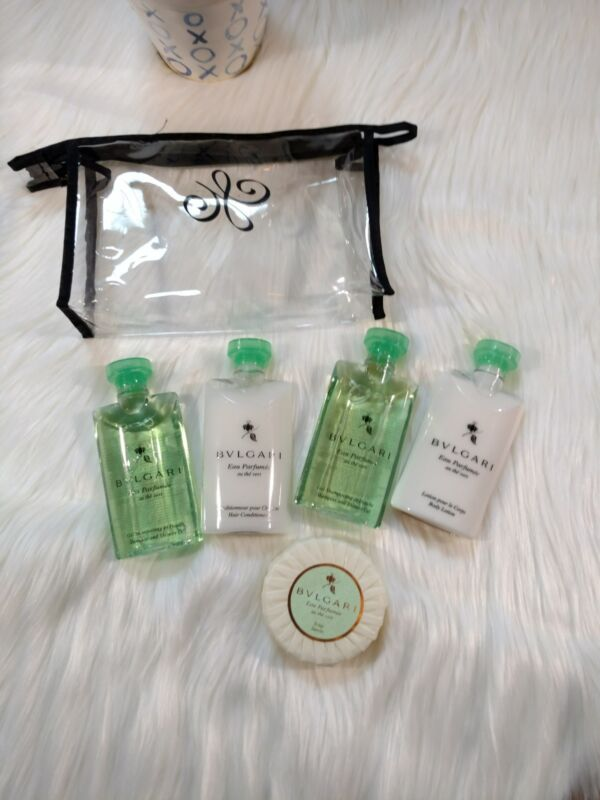 Bvlgari Green Tea Travel Gift Set Shampoo, Conditioner, Lotion, Shower Gel, Soap