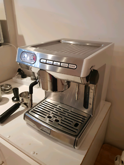 Sunbeam cafe barista em5000 wsunbeam coffee bean grinder coffee coffee machine sunbeam em7000 white fandeluxe Image collections