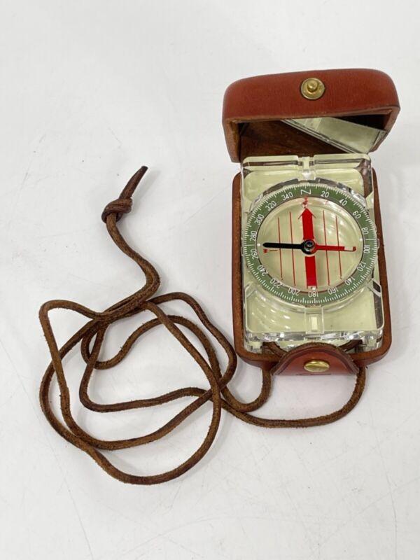 BARIGO Compass in Compact Leather Case