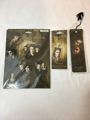 New Twilight New Moon 8 Piece Magnet Set Lucite Keychain Bookmark Edward Bella