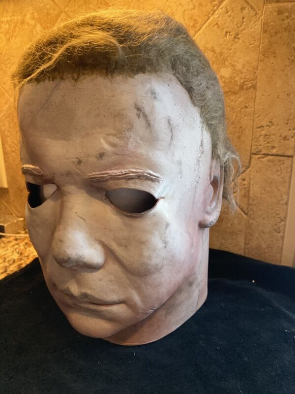 Ken Hertlein Halloween 2 Mask 1 Of Only 30 Made! Extremely are!!!
