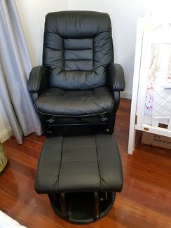 Euro Collection Feeding Glider Chair And Gliding Ottoman