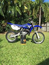YZ85 BW Kewarra Beach Cairns City Preview