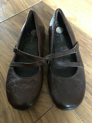 HUSH PUPPIES WOMEN COMFORT COURT SHOES LEATHER FLATS SIZE 5 UK  / 7 US brown