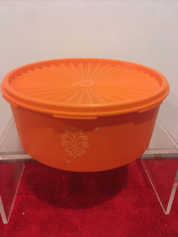 Tupperware 1204-7 Orange Servalier Canister With Top Lid Seal 1205-10