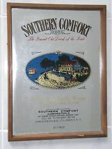 SOUTHERN COMFORT GRAND OLD DRINK OF THE SOUTH WOOD FRAME SIGN Aberfoyle Park Morphett Vale Area Preview