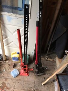 "Pair of 48"" farm jacks :used once"