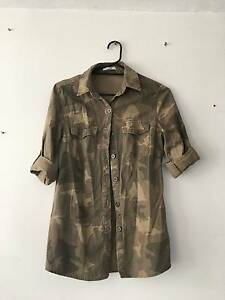 Camouflage Button up jacket Cronulla Sutherland Area Preview