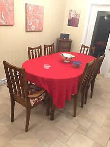 Dining room set w/hutch