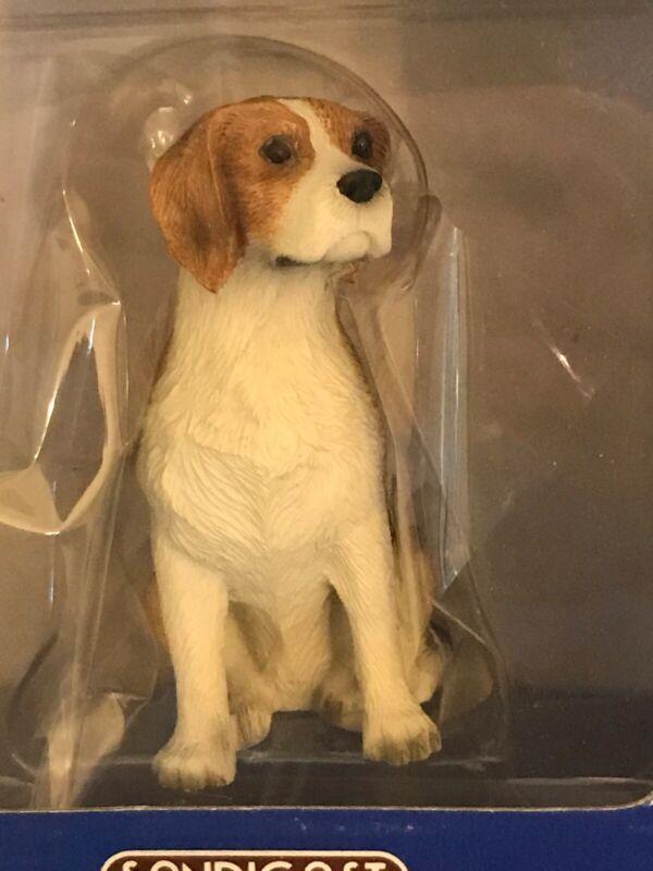 Hand Painted BEAGLE DOG ORNAMENT FIGURINE new, Sandicast