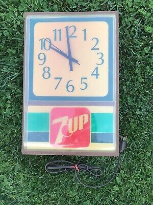 VTG 7UP Medallion 12 Indoor Electric Lighted Clock Sign Underwriter Lab Parts