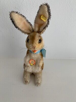 "1960s Vintage Steiff Toy ""Manni"" Rabbit w/Chest Tag, Silver Button & Flag MINT😊"