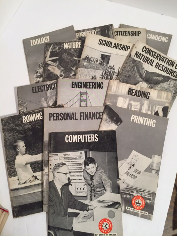 Lot of 14 Vintage Boy Scouts of America Merit Badge Series Books See Pics. (N)