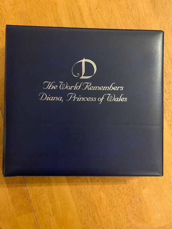 D The World Remembers Diana, Princess Of Wales Stamps and 58 FDCs - Fleetwood