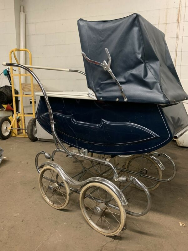 Vintage English Bilt-Rite Baby Carriage (Pram)Navy Blue,Excellint condition.