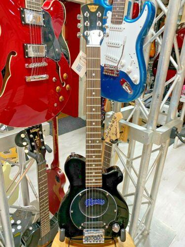 Pignose PGG-200BK Black Electric Travel Guitar. Built In Speaker, Headphone Out