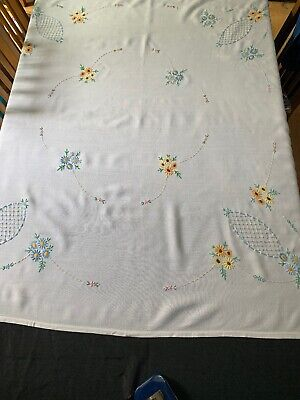 "VINTAGE LINEN EMBROIDERED TABLE CLOTH  53""x 46"""