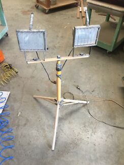 2 x 500w Worklights on tripod  Burleigh Heads Gold Coast South Preview
