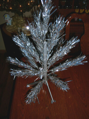 NEAT!!! VTG 2 FT RETRO SILVER STAR BAND STAINLESS ALUMINUM XMAS TREE